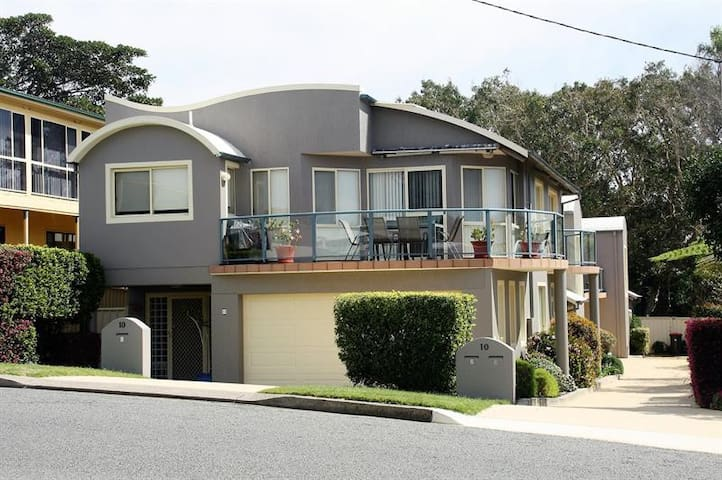 Santai Beach Villa
