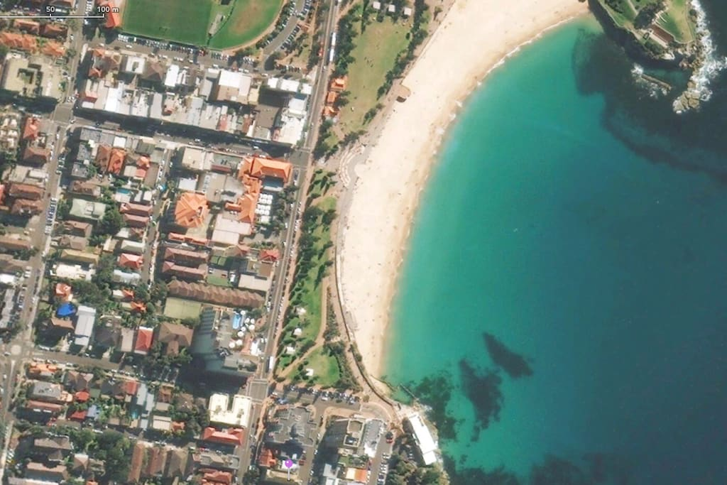 Location - Right next to Coogee Beach