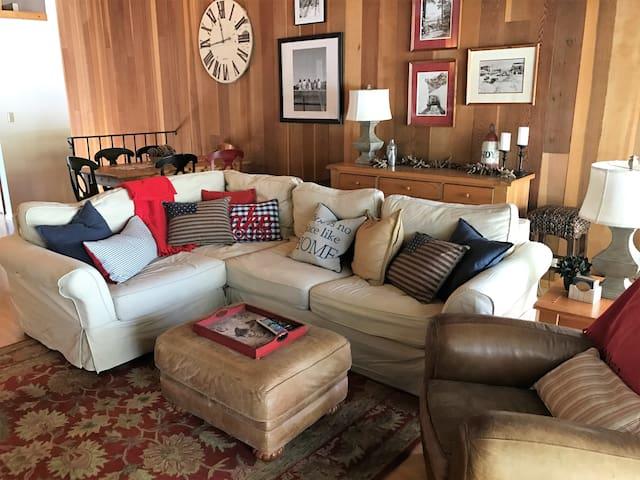 Mellen's Lake Side Condo - 塔荷維斯塔(Tahoe Vista) - 公寓