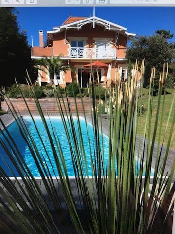 Très belle villa de vacances - SOULAC sur mer - Villa
