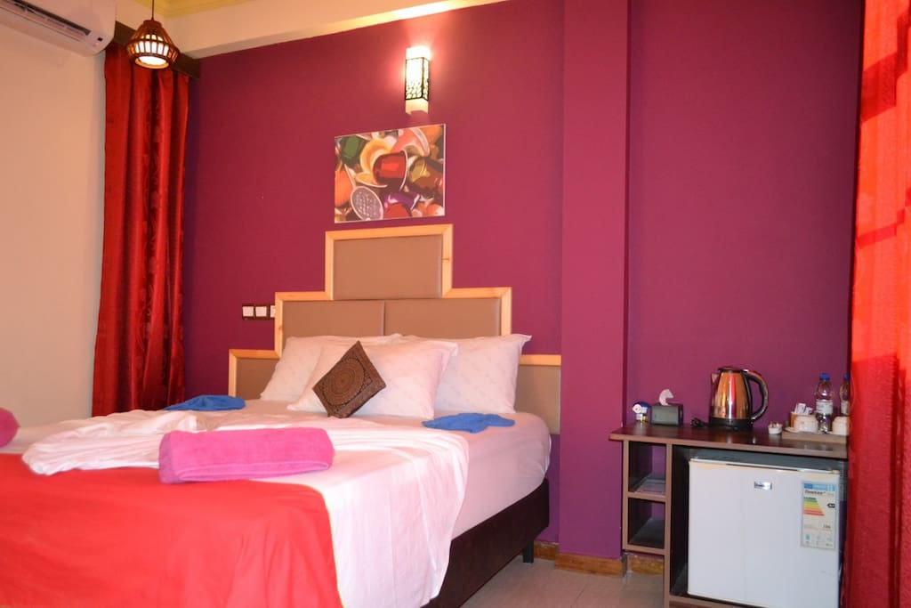 Budget stay maldives bed breakfasts for rent in for The family room hulhumale