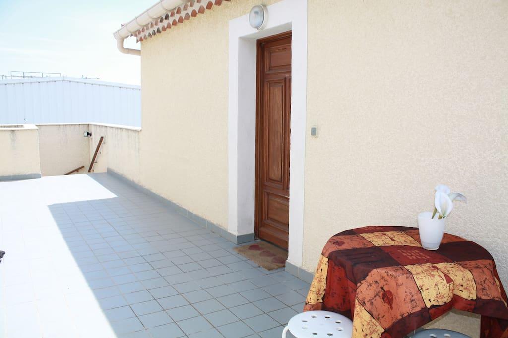 Terrasse, palier de 30m2