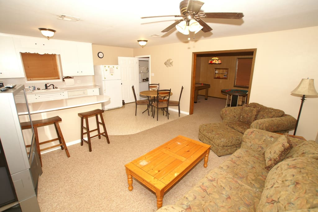 buchanan dam chat rooms 106 oleander drive buchanan dam, tx, 78609,  new wood look tile in living room and bedrooms stainless appliances good-sized pantry and laundry area.