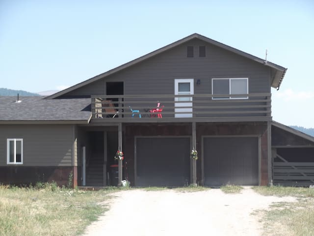 Private apartment in Victor, Id -Pets OK