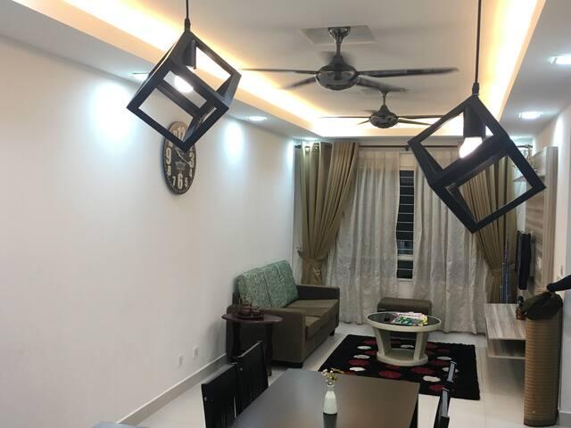 Homestay D'Jati Apartment - Setia Alam , Shah Alam - Apartamento