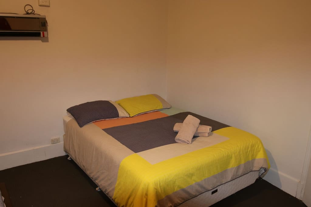 Room 1 with two queen size bed and new Split System A/C