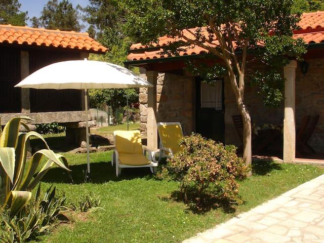 Casas da Prensa AL V1 - Vila Nova de Cerveira - วิลล่า