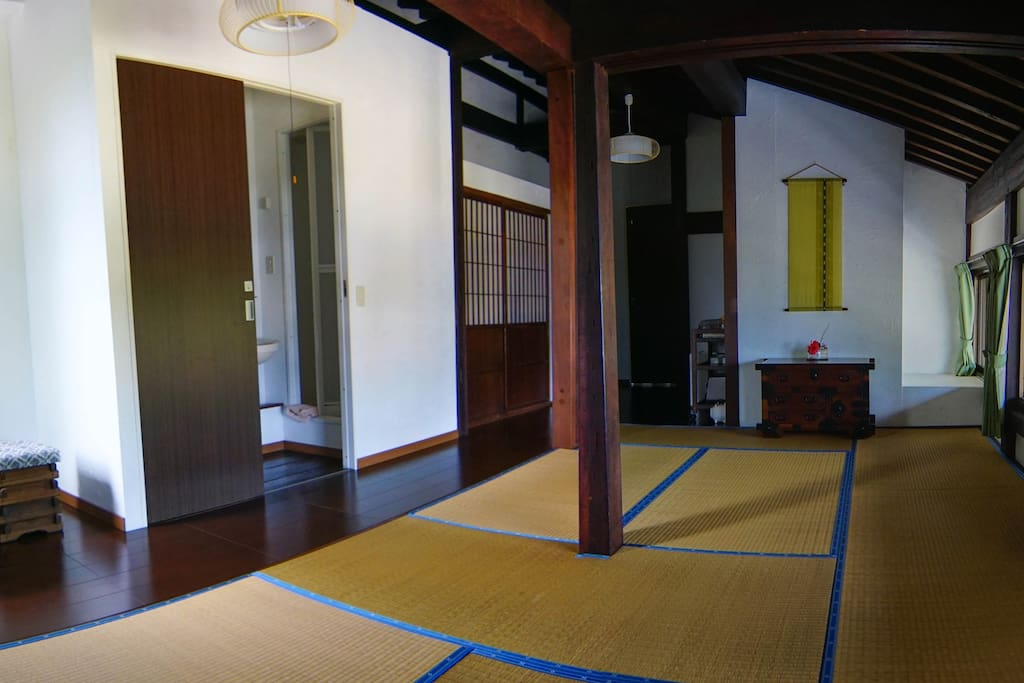 the room, Japanese style