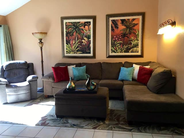 Available Now:Oasis Resort Condo Sleeps 4-6