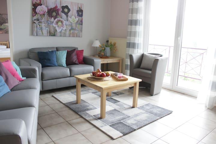Moderne, helle Wohnung in Winzerort - Nittel - Gjestehus