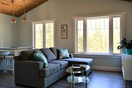 Muskoka Retreat with Arrowhead/Algonquin Park Pass