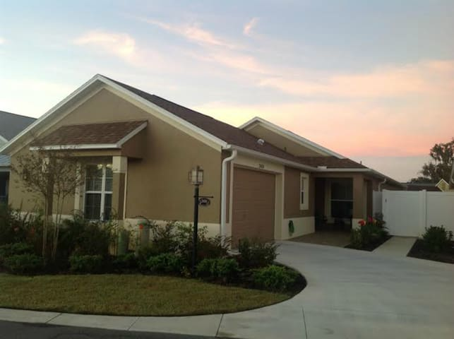 VACATION in this great Villa in The Villages, FL!