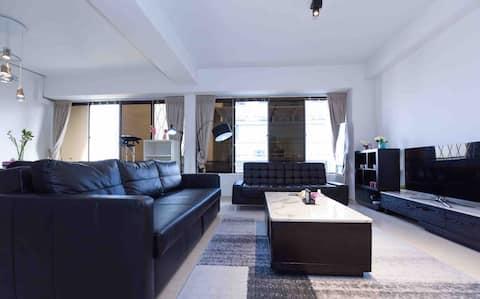3BR Spacioushigh floor apartment  near CBD1 minMRT