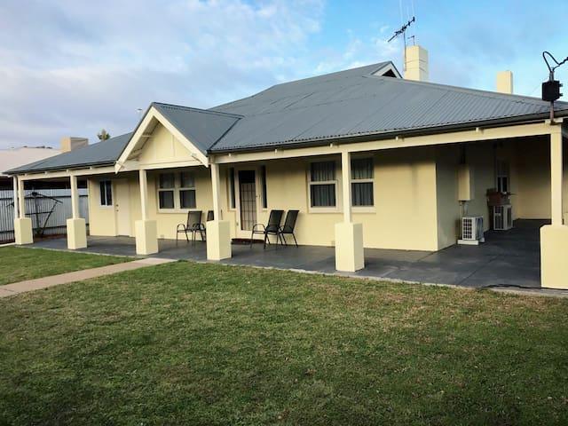 Corner Cottage Renmark SA