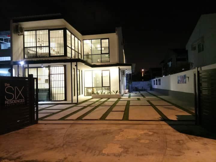 6BR Villa @ The Six Residences JB Sentosa