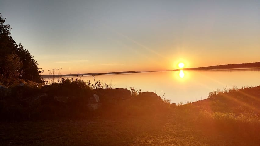 Sunrise in South Baymouth, ON