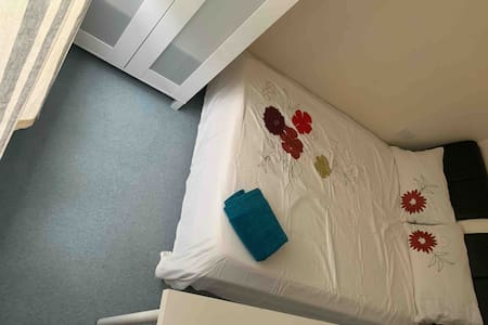 Cosy room#4 in share house near hospitals, UEA