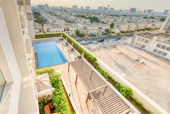 Super studio with great swimming pool - Al Furjan