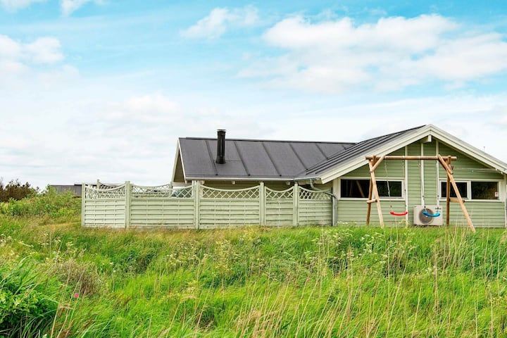 Amazing Holiday Home in Rømø with Sauna