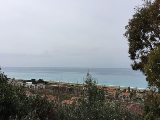 Villa per Vacanze in Calabria - Falconara albanese - Huvila