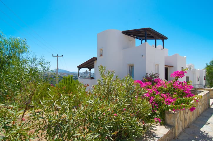 Bodrum: spectacular view - and owl. - Bodrum - Huis