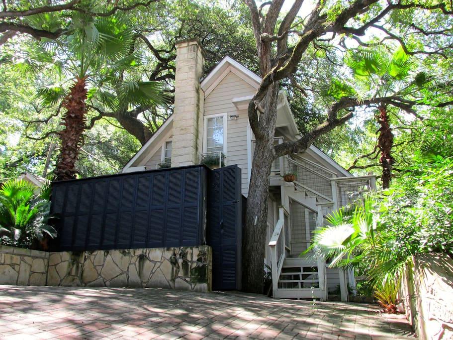 Treehouse (Unit C) -front view