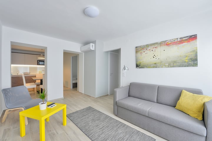Villa Oliver 2 - 2bedroom Apartment with Terrace