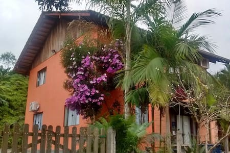 Pomerode Hostel Aracimaia - Bed & Breakfast
