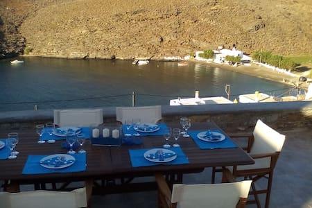 Βίλα με θέα - Agia Irini - Villa