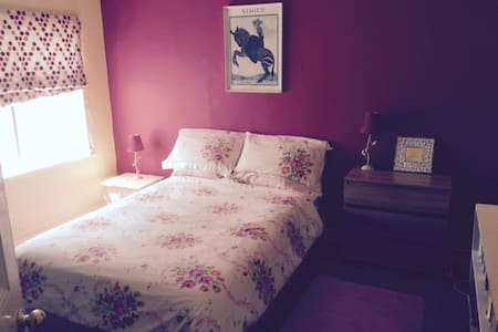 Double room in Ryde near beach