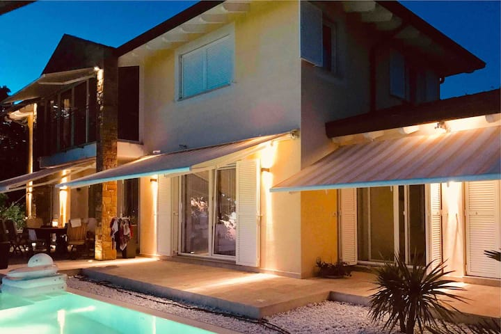 Sunset dream villa