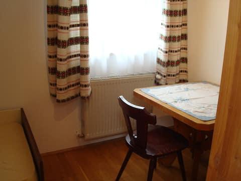 Einzelséparée in großer Wohnung
