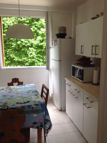 Appartement 57 m2 - Le Mesnil-le-Roi - Apartment
