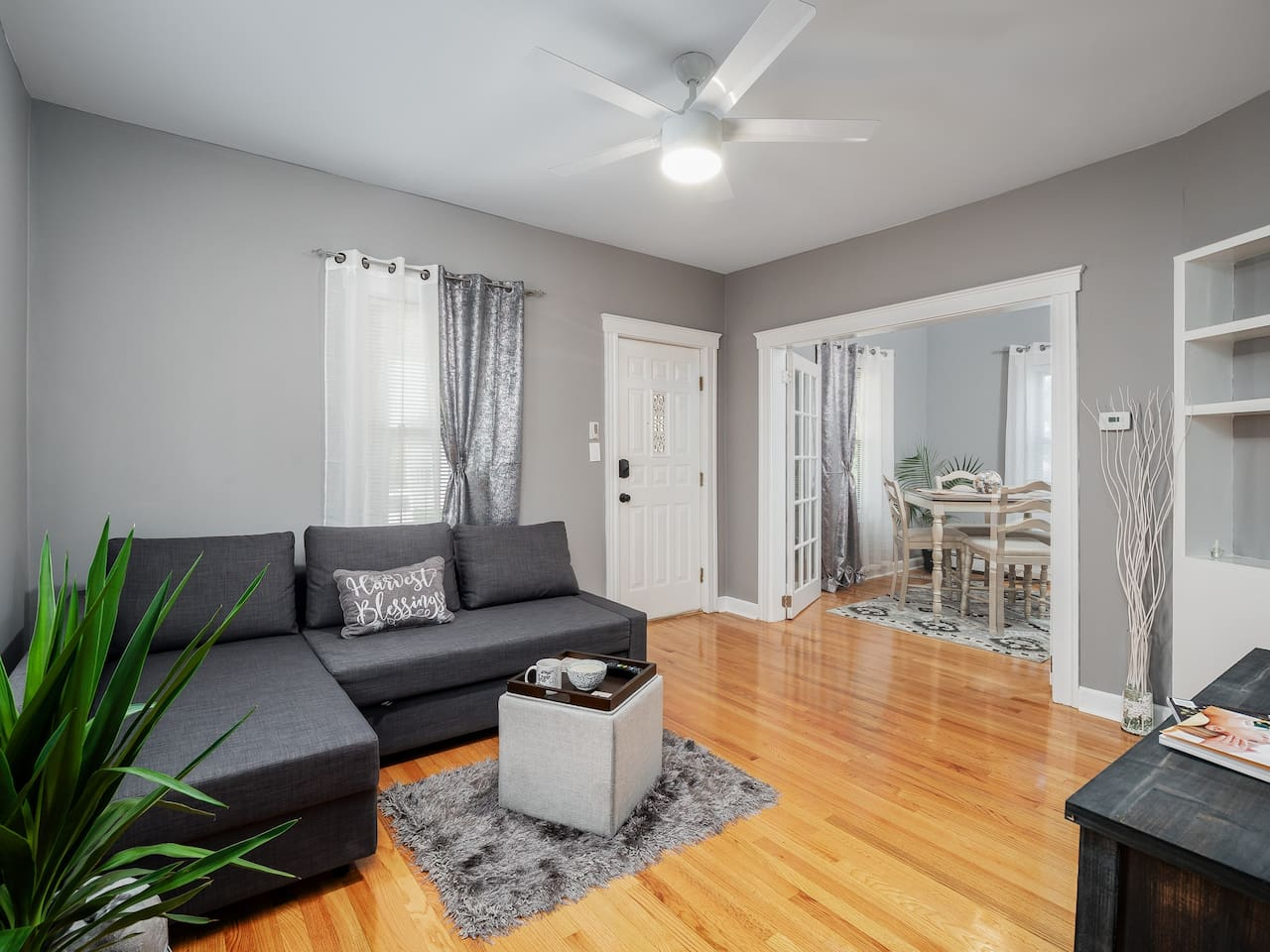 ✨✨NEWLY RENOVATED & SPACIOUS-SUN LIGHT KISSED HOME - comfortable Boston Airbnb experience