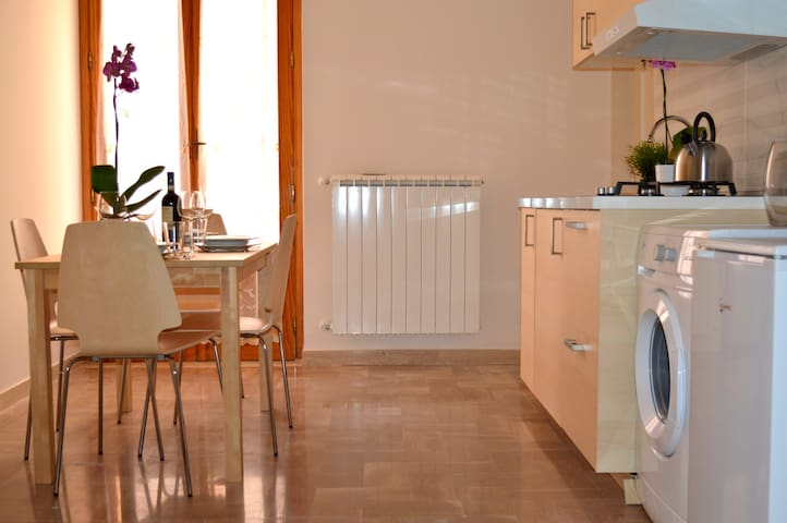 Prestige House Apulia WIFI - Corato - Lakás