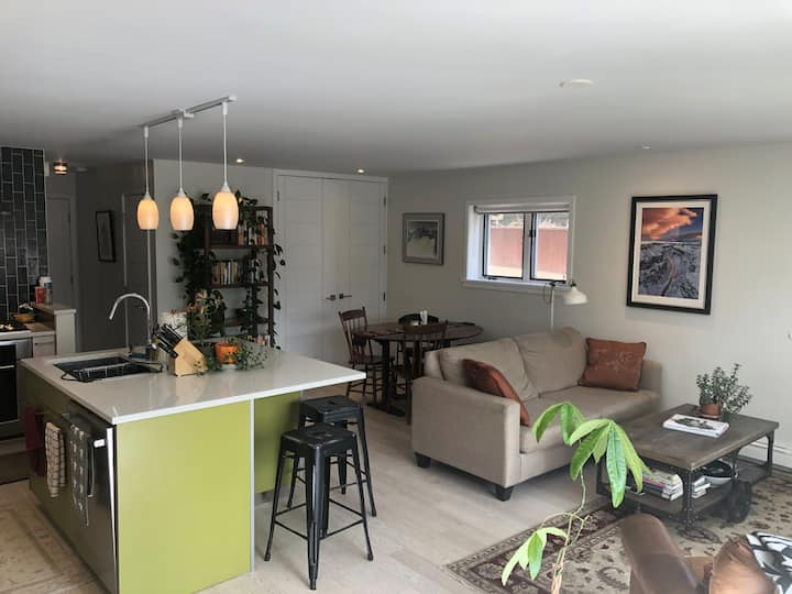 Very unique apartment in heart of Boulder!