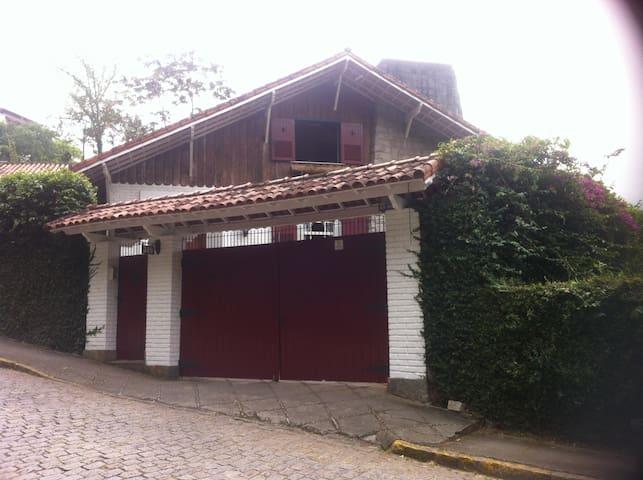 João's House - Petrópolis - Talo