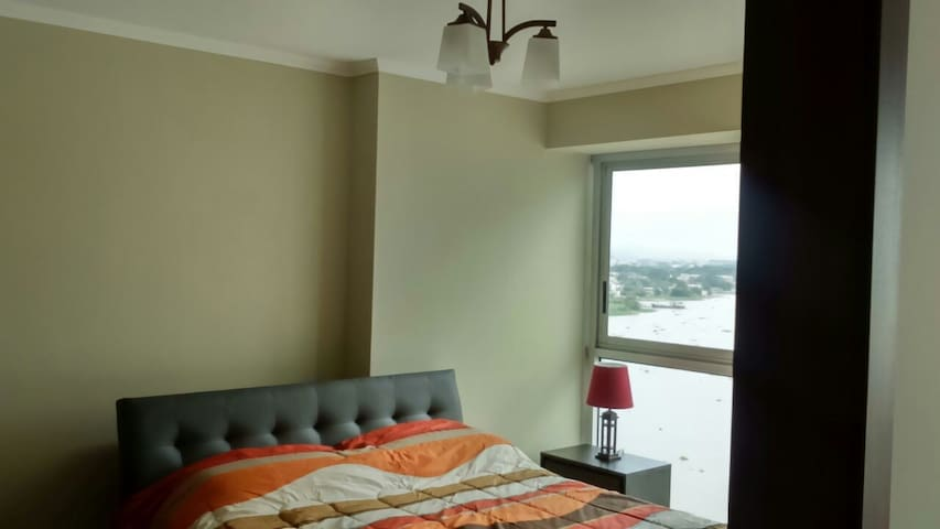 Suite Vista al Rio Guayas - Guayaquil - Apto. en complejo residencial