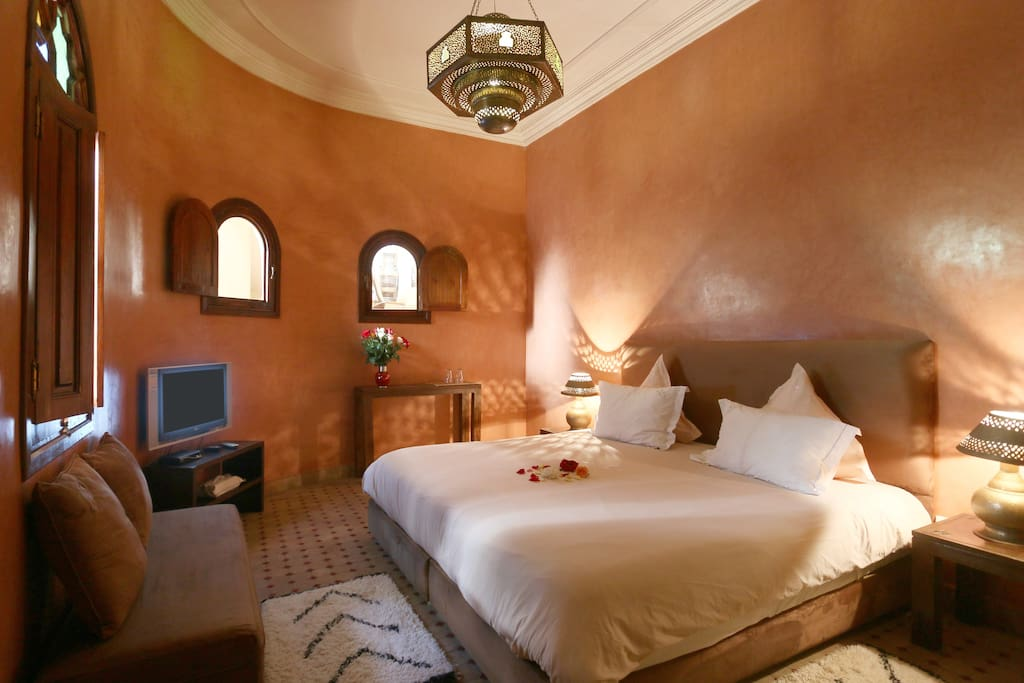 Riad l 39 emir chambre marrakech chambres d 39 h tes louer for Chambre d hote l