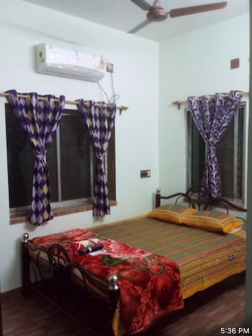 Bedroom 1 with AC