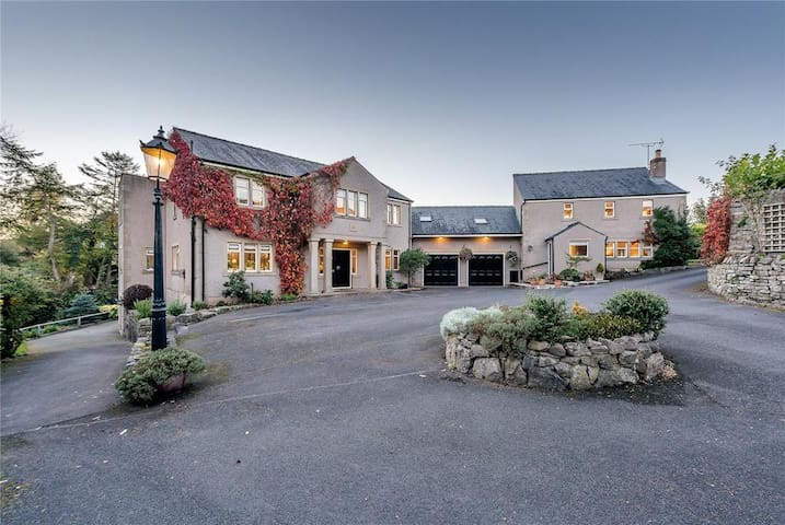 Large Country House Nestled in the Ribble Valley
