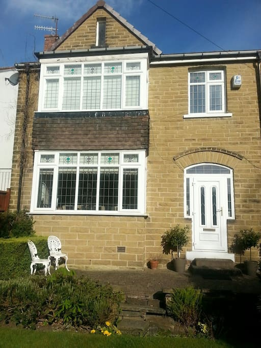 Stone fronted double bay