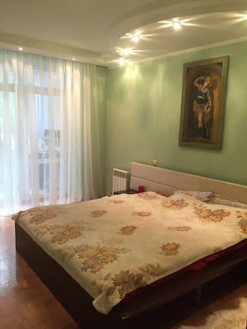 современная уютная теплая квартира - Minsk - Pis