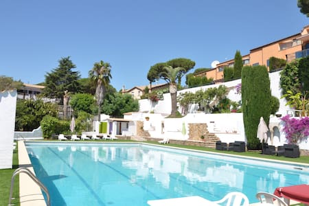 Special deal, 100m2, 4 bedrooms, sea view - Castell-Platja d'Aro