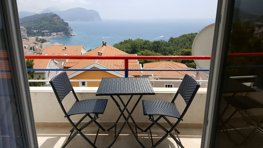 Beautiful view apartment - Petrovac - Apartemen