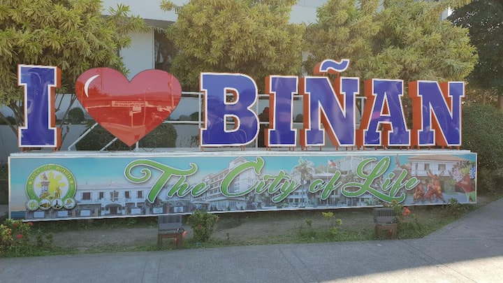 Biñan Cozy Rooms for 4 to 12 Guest
