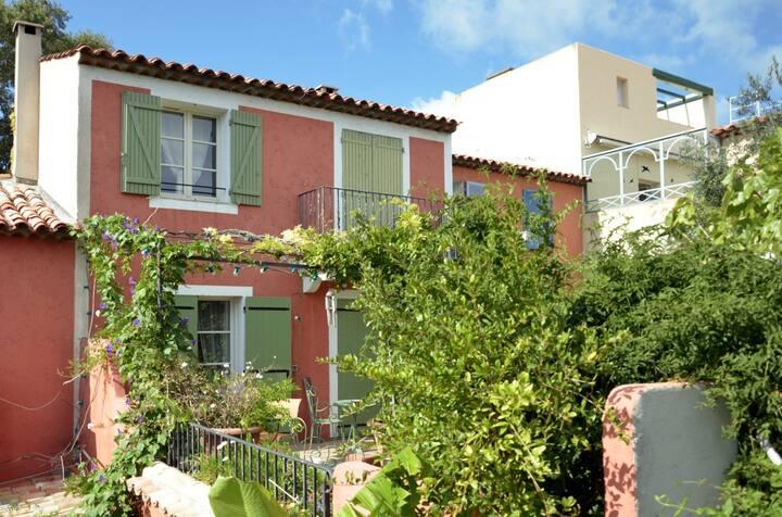 Villa Gassin - Saint Tropez 2 Bedrooms 2 Bathrooms