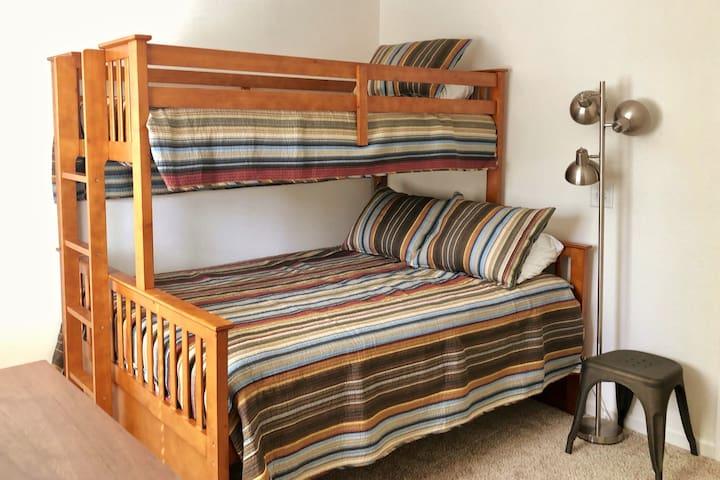 Bedroom 2- Queen bed and single bunk bed
