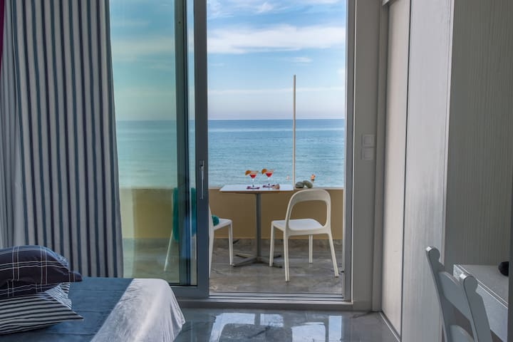 Deluxe Suite with Sea view - Rethymno - Квартира
