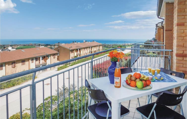 Holiday apartment with 2 bedrooms on 95m² in San Costanzo -PU-